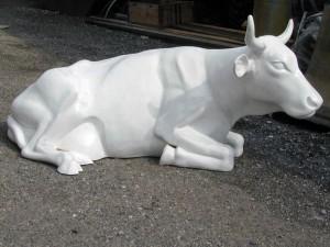 Kuh liegend